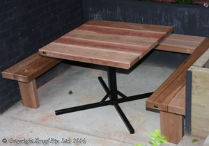 central pole cafe table furniture